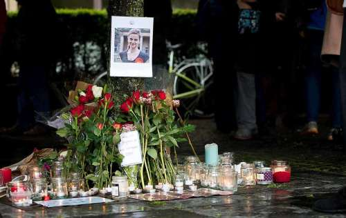 Tributes to murdered MP Jo Cox, Edinburgh, UK - 17 Jun 2016